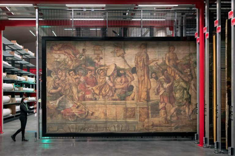 Louvre Conservation Center: The Safehouse for Culture and Arts